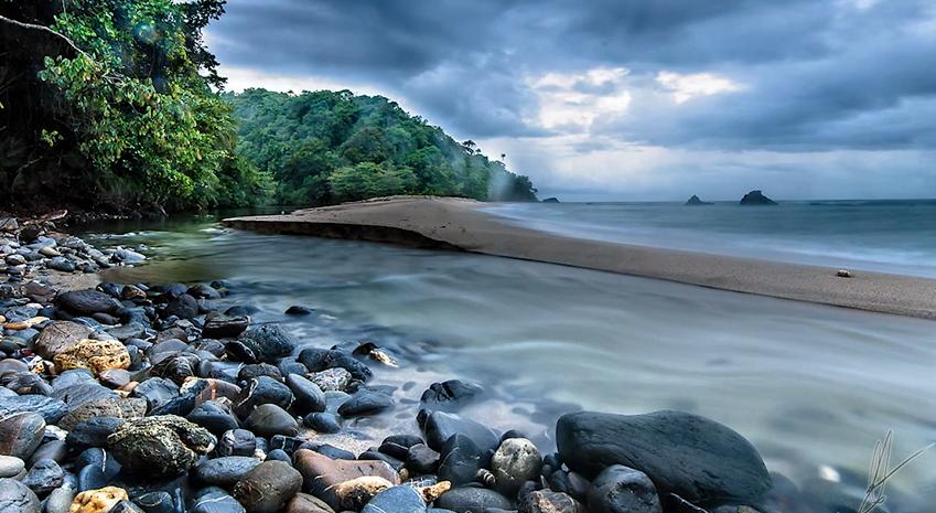 Madamas Bay, Trinidad